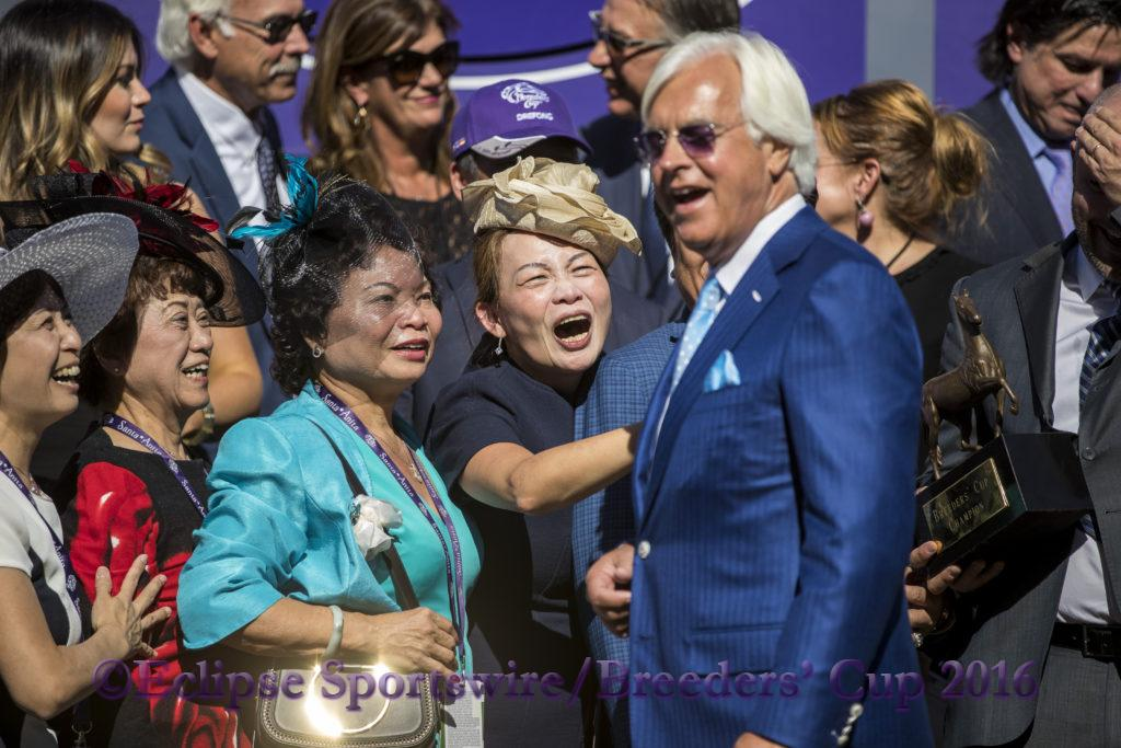 ARCADIA, CA - NOVEMBER 05: Drefong trainer Bob Baffert in the winner's circle with the connections after winning the Breeders' Cup TwinSpires Sprint during day two of the 2016 Breeders' Cup World Championships at Santa Anita Park on November 5, 2016 in Arcadia, California. (Photo by Alex Evers/Eclipse Sportswire/Breeders Cup)